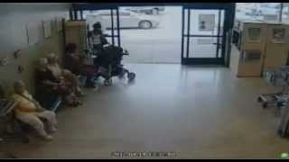 Old Lady Crashes Car Into A Store Publix [Raw Video]