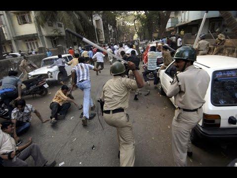 Breaking News ajj tak 12/25/16 Gormi (Bhind) /गोरमी जिला भिंड के अंतर्गत पुलिस ने की तावरतोड फायरिग