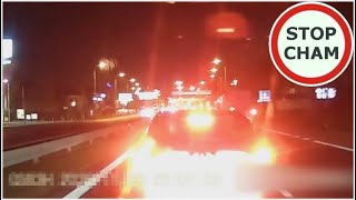 Szeryf w Renault - pogania światłami a potem hamuje #536 Wasze Filmy