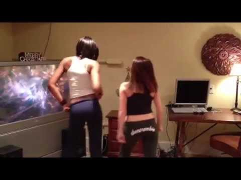 Official black and white girl wobble from YouTube · Duration:  2 minutes 2 seconds