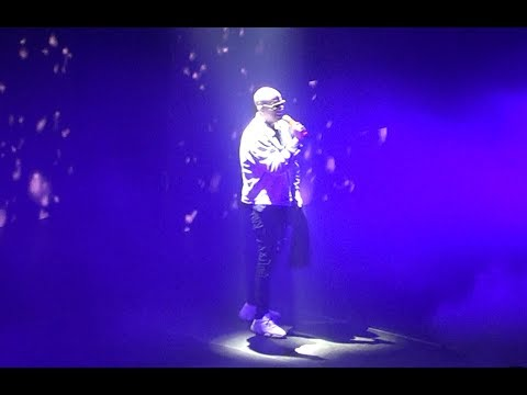 Bad Bunny - Live in Santiago Chile 2018 HD