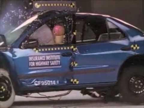 1995 2005 Chevrolet Cavalier Iihs Crash Tests