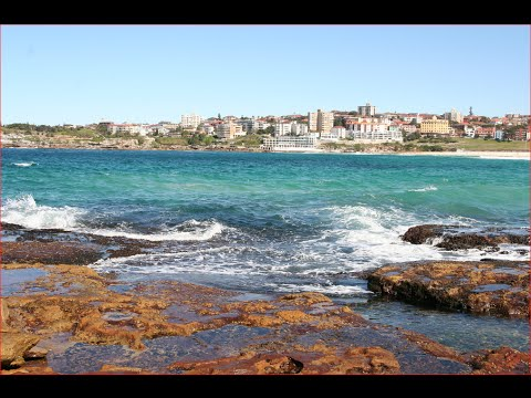 Visit Bondi Beach, Bondi Bay, Amazing Beach in New South Wales, Australia