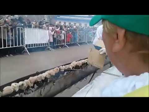 ШАШЛЫК длиной 223 метра-В Казахстане установили рекорд Гиннесса!