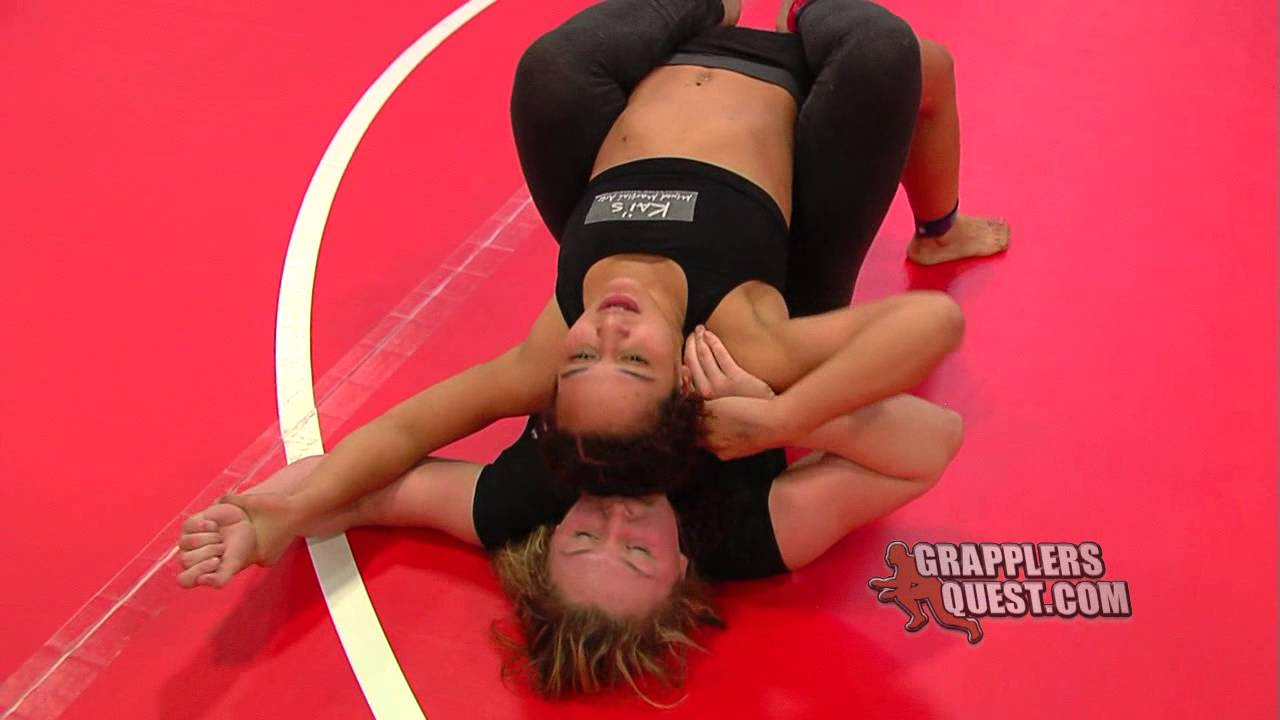 Jiu jitsu girl vs kung fu guy - 3 part 7