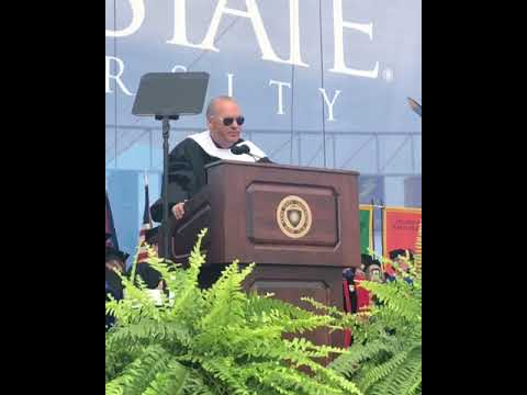 Actor Michael Keaton's hilarious ending to 2018 Kent State University graduation speech