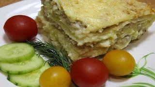 Блинный пирог с фаршем и картошкой.