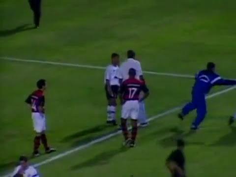 Corinthians 1 x 4 Flamengo - Campeonato Brasileiro 2000