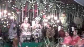 video Ratna antika 24/11/11 di pelaminan.3GP