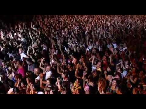 Laura Pausini - Laura Live World Tour 2009 - Part 1.avi