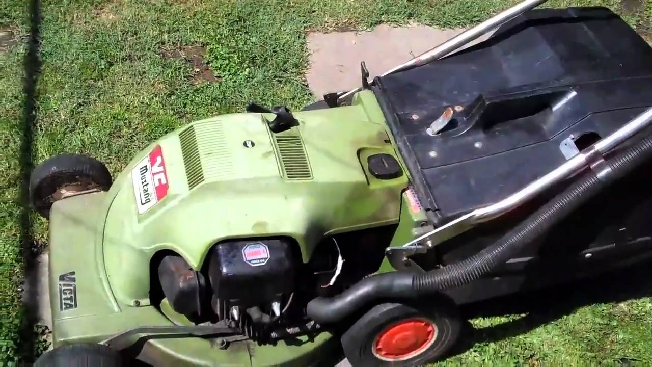 Victa Lawn Mower Mustang 2 Stroke Youtube