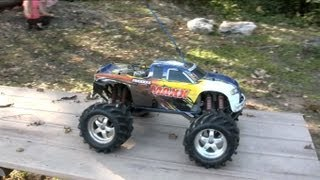 Traxxas T-Maxx 2.5 RC Nitro Truck Fun