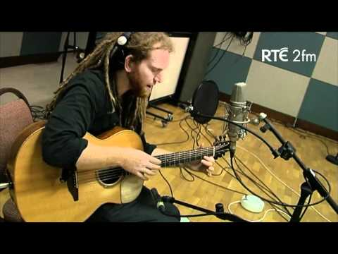 Newton Faulkner Singing His Track, 'I Need Something' Live On RTÉ 2fm.