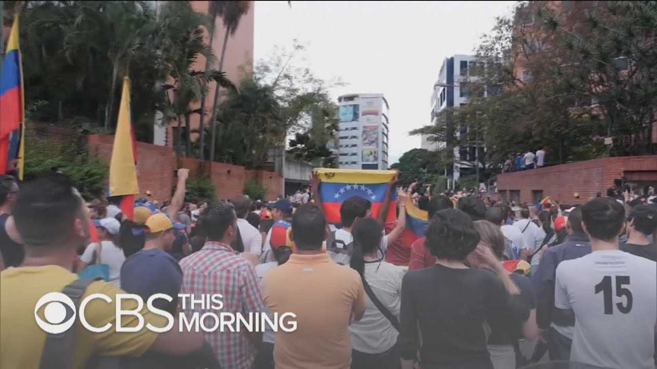 Venezuelans plan for mother of all anti-Maduro marches Saturday