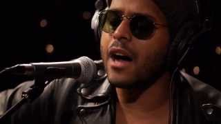 Twin Shadow - Five Seconds (Live on KEXP)