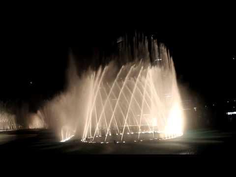 The Amazing Dancing fountain HD , Celine Dion - The Prayer. Dubai Mall, Burj Khalifa
