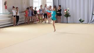 Программа второго юношеского разряда по художественной гимнастике. Упражнения со скакалкой(Юля выполняет второй вид. Набрала 7,8 баллов. К сожалению уронила скакалку и немного недоделала движения...., 2016-06-04T10:23:52.000Z)