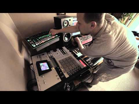 Nordic winds (Nord Lead A1R, Roland TR-8, MV-8800 jam)