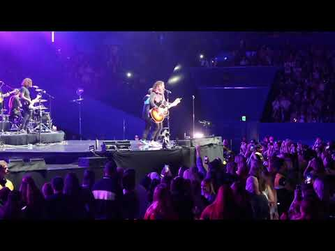 Michael J. - First time Dan + Shay played 10,000 Hours live fans already knew every word