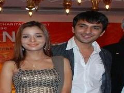 Sara Khan and Ali Merchant's Honeymoon at Maldives