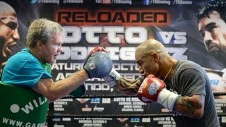MIGUEL COTTO Complete Mitt Workout with FREDDIE ROACH (Unedited)