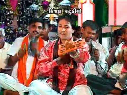 gujarati ramdevpir mandali bhajan songs - udere gulal ramapir na chok ma - album :  ramdevpirni