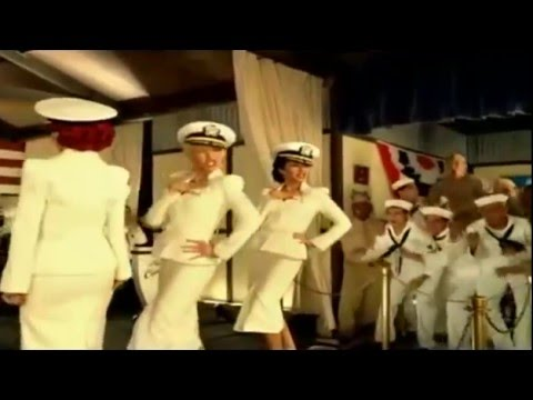 Christina Aguilera and Andrews sisters - Boogie Woogie Bugle