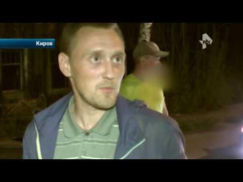 В Кирове пьяный водитель устроил тест-драйв отечественной легковушке