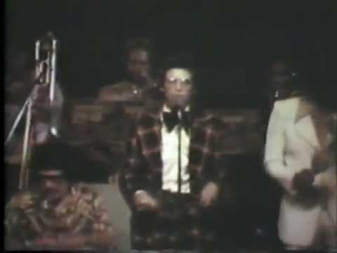 Héctor Lavoe - Mi Gente en el Roberto Clemente, P.R 1974.