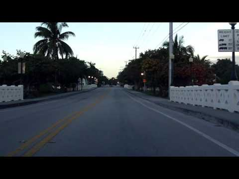 Venetian Causeway westbound