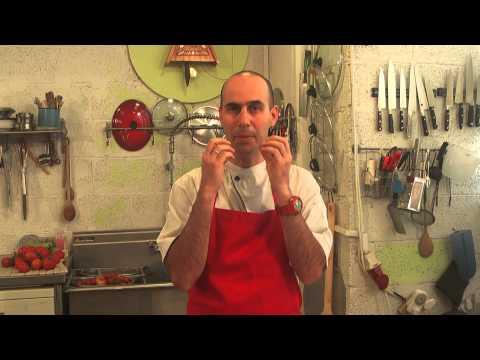 """חכמת הבישול על פי """"מבשלים דרך חיים"""" - מה ההבדל בין אוכל שמזין את הגוף לבין אוכל שמזיק לגוף"""