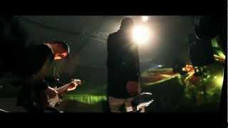 "Antisocial (Trust) par la fanfare ROCKBOX featuring NORBERT ""NONO"" KRIEF"