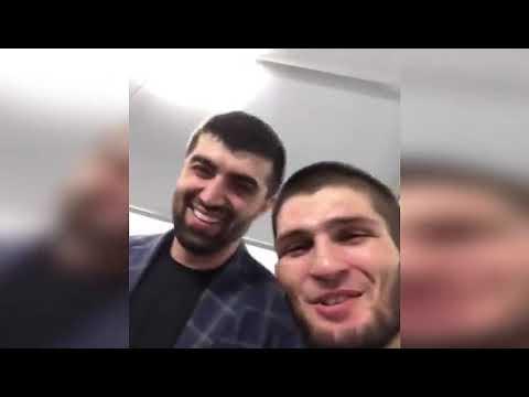 Хабиб Нурмагомедов одержал победу над Дастином Порье в доминирующем стиле на UFC 242