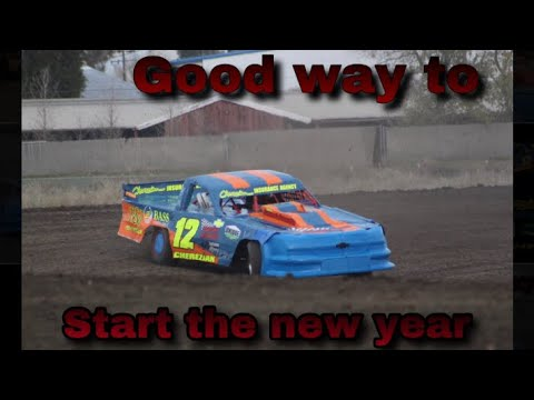 First race of the year went well. Battled some issues but still happy with the results. Beginning to really like the Stockton Dirt Track. Photo by Daniel Carver Follow ... - dirt track racing video image