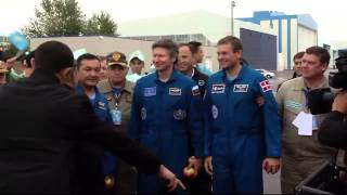 Expedition 44 Receives Warm Welcome Home