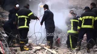 فيديو | معدات حديثة للبحث عن المفقودين تحت أنقاض عقار منيا القمح