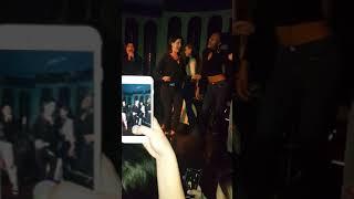 Lana del rey doing karaoke with fans
