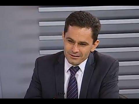 Política Total - Marcio Pacheco