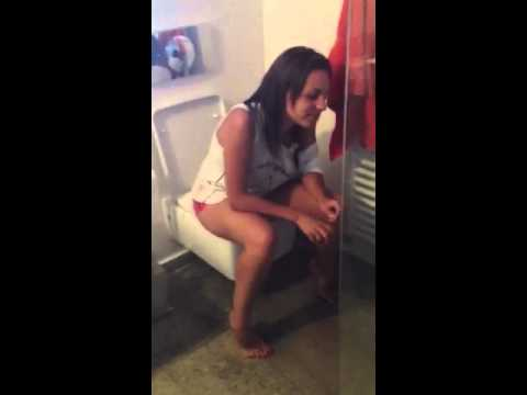 "FAIL | GIRL SHITFARTS WHILE TWERKING....POO""S EVERYWHERE!!!!!! from YouTube · Duration:  10 seconds"