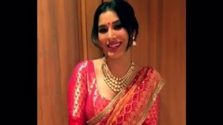 Sophie Choudry wishing Anmol Jewellers for succesful completion of 30 Years!