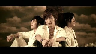 19th Single「TRIAL」 2006.05.24 Release [収録曲] 01.TRIAL 02.Back A...