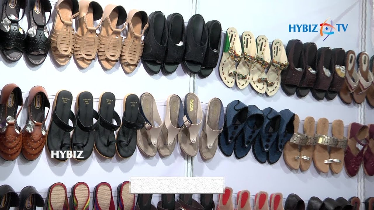 daily wear footwear Collections