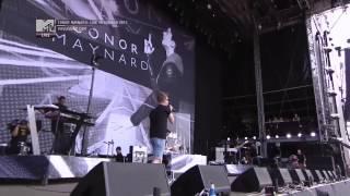 Conor Maynard - Vegas girl (Live in London - Wireless Festival 2013)