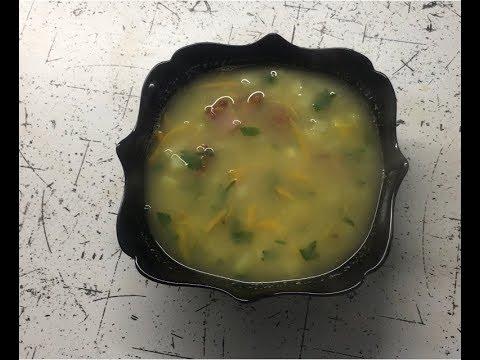 Гороховый суп с копчеными ребрышками.