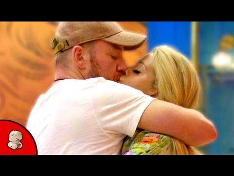 Bianca Gascoigne and Jamie O'Hara Kiss | Celebrity Big Brother | Day 15