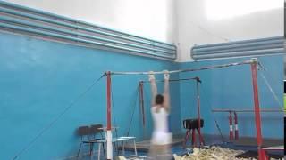 Спортивная гимнастика. Перекладина Gymnastics. horizontal bar