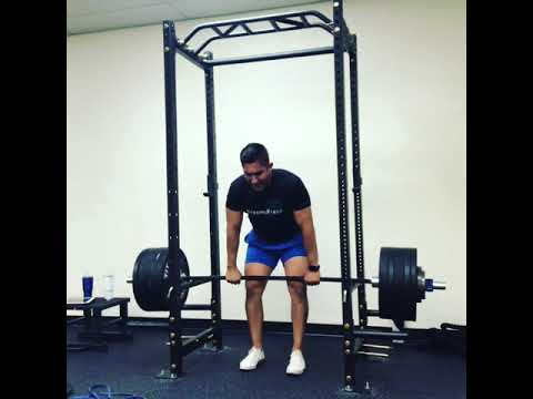 5 Hinge Variations to Help you Build a Strong Back, Big Butt, and Superhuman Strength