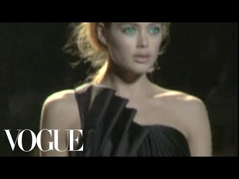 Fashion Show - Zac Posen: Fall 2006 Ready-to-Wear