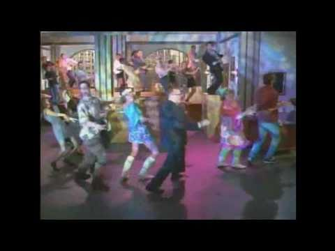 Drew Carey Show - Opening Dance S02 E01