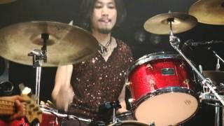 25年間日本のロックに影響を与え続けたカリスマ的バンドのTHE STREET SL...